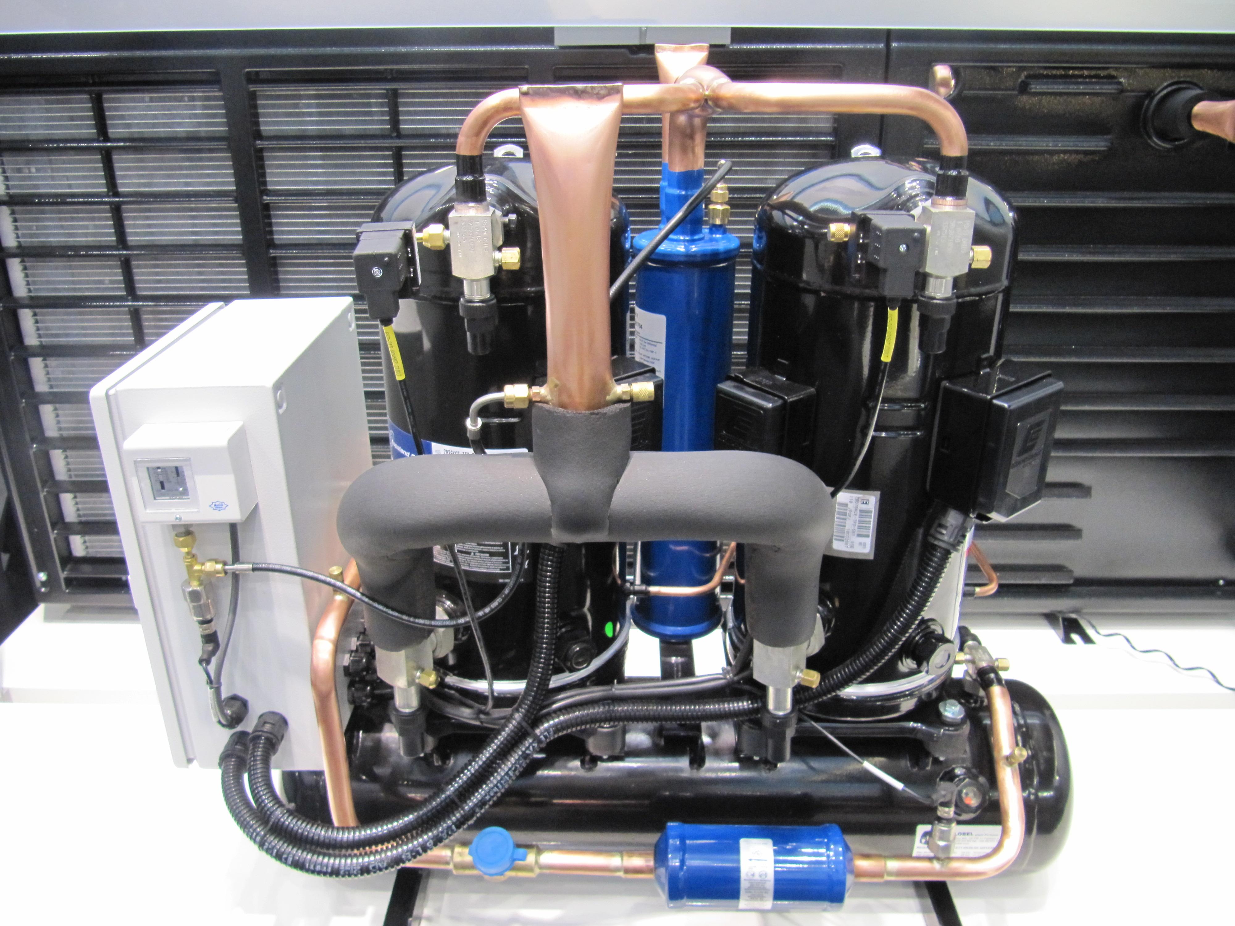 Chladivový kompresor